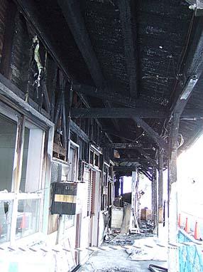 広田駅ホーム側腕木庇の内側